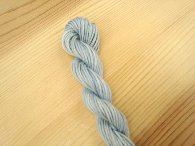 綿糸 藍染 水浅葱
