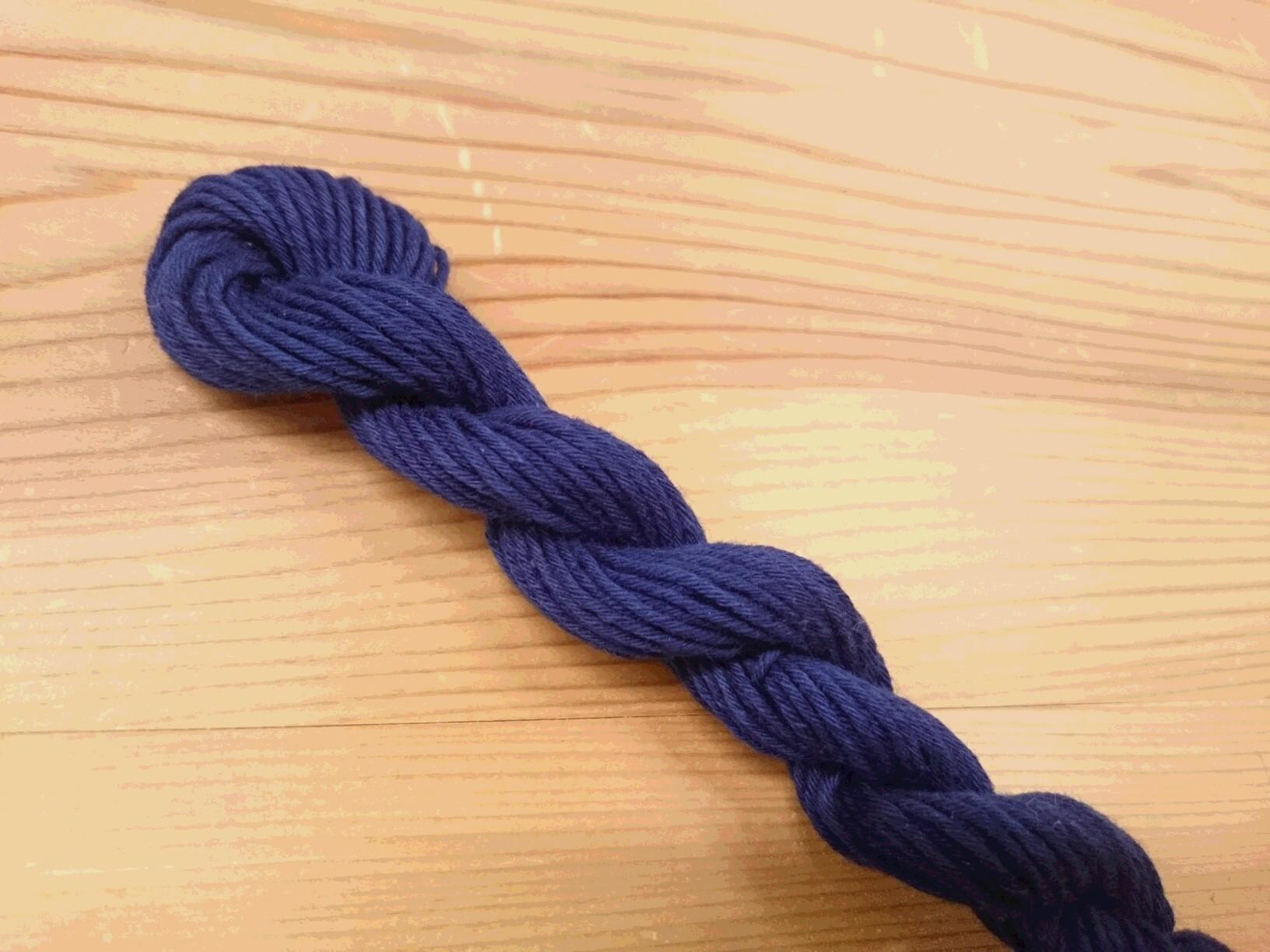 本藍染め 糸 濃き縹